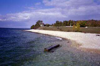 ri39_South_shore_settlement